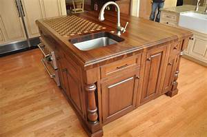 Ideas for creating custom kitchen islands cabinets by graber for Some tips for custom kitchen island ideas