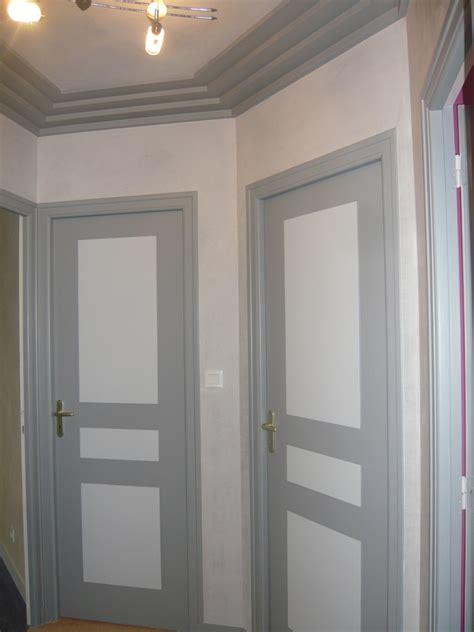 peindre porte cuisine peindre porte interieure 2 couleurs survl com