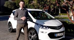 Opel Ampera Commercialisation : opel ampera e 2017 essai video l 39 lectro libre prix avis date de sortie fiche technique ~ Medecine-chirurgie-esthetiques.com Avis de Voitures