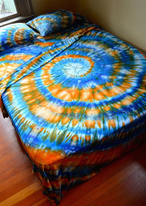 hand dyed queen sheet set tie dye psychedelic bedding