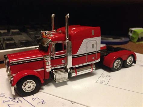 model semi trucks peterbilt model truck toys pinterest