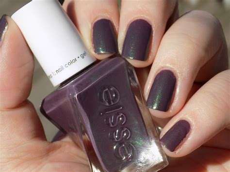 essie no light gel essie gel couture twill seeker swatches and review tea