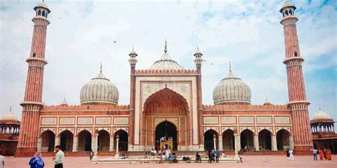 jama masjid agra visiting timing entry fee history