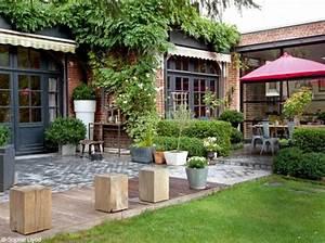 Decoration maison jardin for Decoration pour jardin exterieur 5 cuisine quartz noir