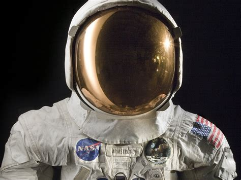 Neil Armstrong's spacesuit – David M. Kelly