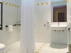 Haltegriff Wc Behindertengerecht : checkliste dbwh 101 barrierefreies hotel rollstuhl schwarzwald behindertengerecht ~ Yasmunasinghe.com Haus und Dekorationen