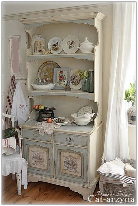 shabby chic painted kitchen cabinets cat arzyna anni sloan chalk paint 7911