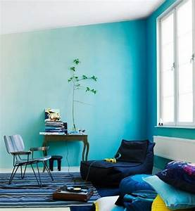 Peinture Bleu Ciel : on met l 39 accent sur la couleur de peinture pour salon ~ Melissatoandfro.com Idées de Décoration