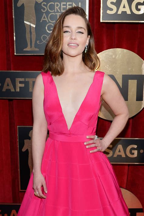 Emilia Clarke - Screen Actors Guild Awards 2016 at Shrine ...