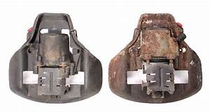 Pair Front Brake Calipers 75
