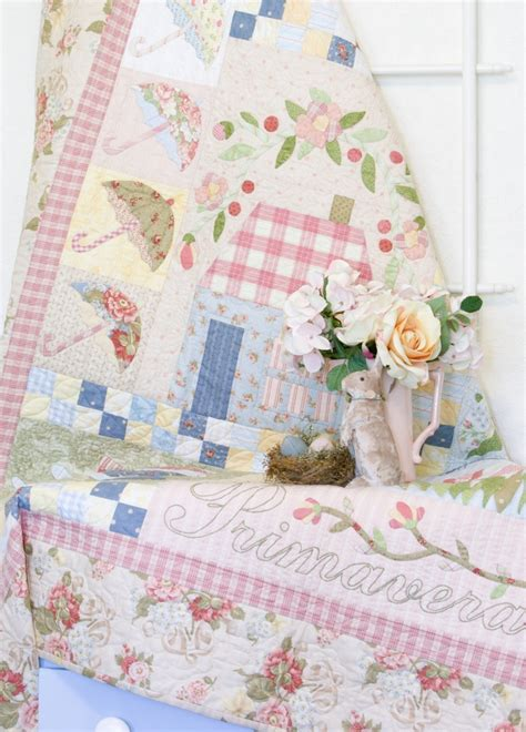 shabby chic patchwork bedding 51 best patchwork shabby chic quilt images on pinterest shabby chic quilts bedspread and fabrics