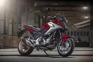 Moto Honda Automatique : honda nc 750 x 2016 la technique ~ Medecine-chirurgie-esthetiques.com Avis de Voitures