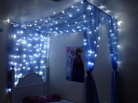 diy canopy  frozen themed room  window scarves