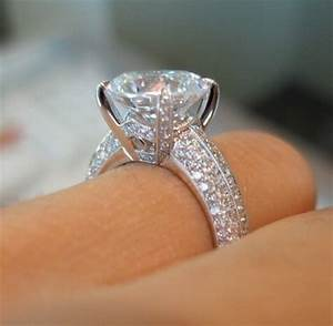 huge diamond ring pictures photos and images for With huge diamond wedding rings
