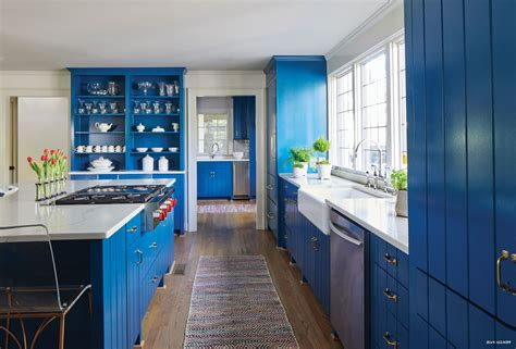 Blue Countertop by Blue Cabinets Add A Pop To White Quartz Countertops