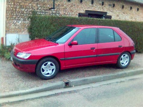 Mutronics 1992 Peugeot 306 Specs, Photos, Modification