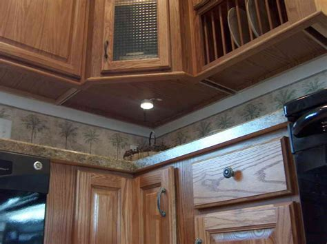easy install cabinet lighting