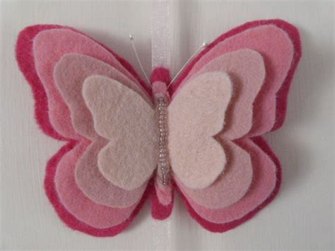 felt paper 25 best ideas about butterfly felt on pinterest felt butterfly pattern butterfly stencil and
