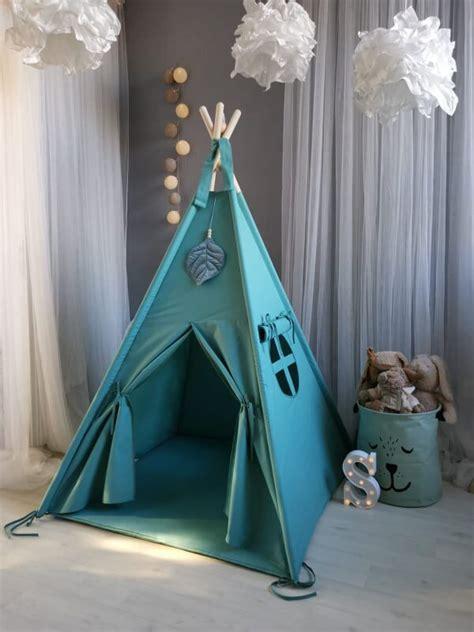 SvetkuSajutas - Vigvami/teltis
