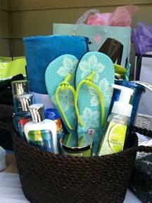 bathroom gift ideas bridal shower gift theme gift ideas shower gifts beaches and showers