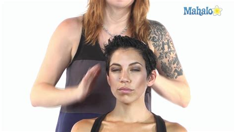 How To Scrunch Short Hair