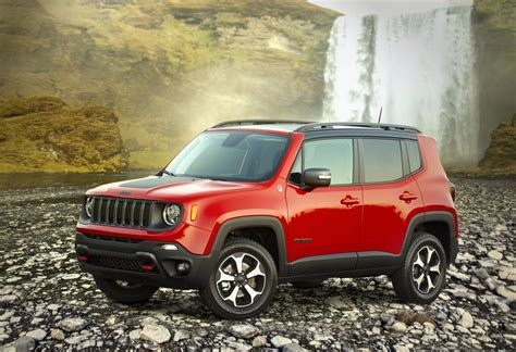 jeep renegade downsizes displacement upgrades power