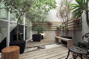 amenagement petit jardin dans larriere cour idees modernes With amenagement d un petit jardin de ville 10 balcon en ville conseils pour un petit balcon avec