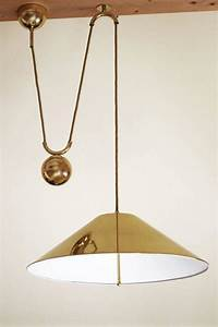 Large and rare adjustable counterweight pendant lamp