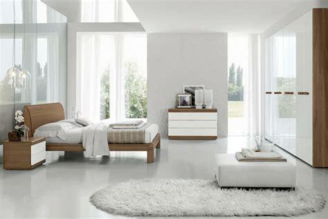 chambre blanche et bois le sommier du lit pour chambre à coucher archzine fr