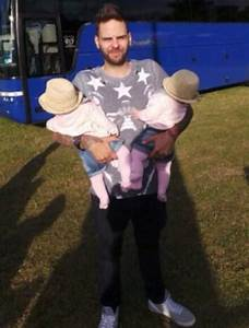 5ive's Scott Robinson cuddles twin daughter at their first ...