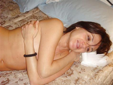 Nude Amateur Photos Brunette MILF Homemade Sex Pics