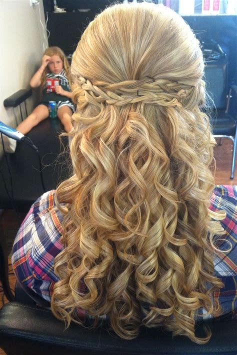 Pretty Homecoming Hairstyles by Amazing Homecoming Hairstyle Homecoming