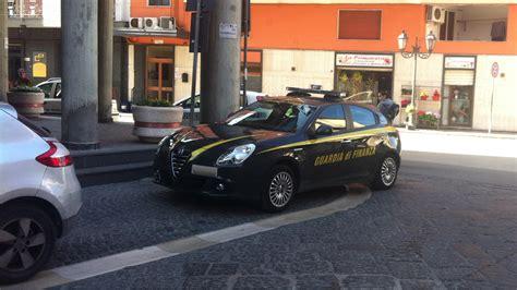 Comune Di Pagani Ufficio Anagrafe by Blitz Della Finanza Al Comune Di Striano Militari All