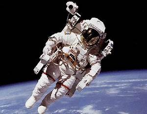 Shuttle astronauts complete 6-hour spacewalk