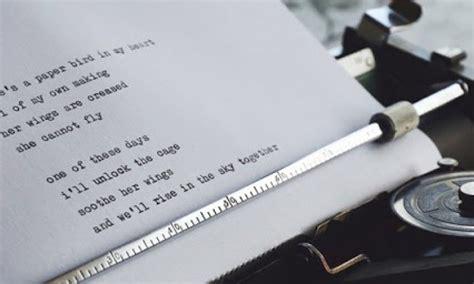 Nah membuat teks biografi tidaklah susah loh kalau kamu mengetahui strukturnya. Cara Memilih Judul Puisi Menggugah Pembaca dan Selalu Dicari