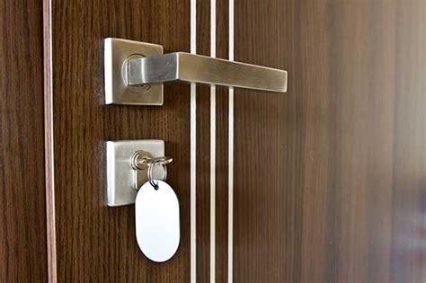 comment isoler une porte d entree prix et installation d une porte blind 233 e