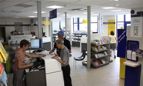 un bureau de poste un nouveau concept pour le bureau de poste castres soult