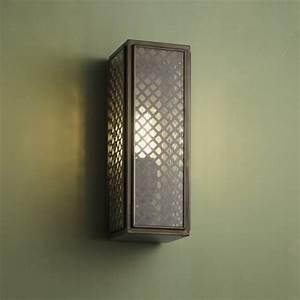 Grille Murale Deco : belle et l gante lanterne murale au design art deco lampe en laiton avec grille ~ Teatrodelosmanantiales.com Idées de Décoration