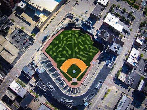 photo gallery toledo mud hens turn ballpark  putt