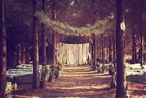 The Enchanted Forest - De Uijlenes - Forest and Farm Weddings