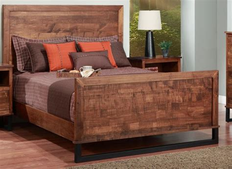 cumberland queen bed  wood headboard high footboard