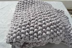 Couverture Grosse Maille : tricoter une grosse couverture ~ Teatrodelosmanantiales.com Idées de Décoration