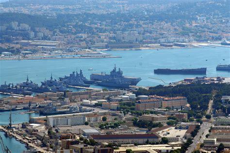 le port de toulon port militaire de toulon