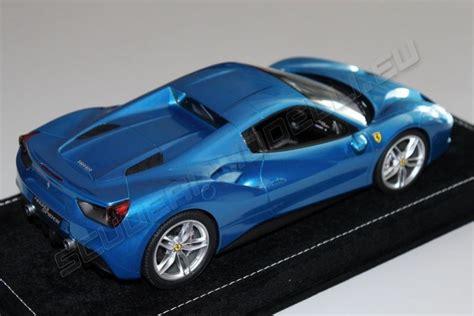 The car replaced the 458. MR Collection 2015 Ferrari Ferrari 488 Spider HARD TOP - BLU CORSA - Blue