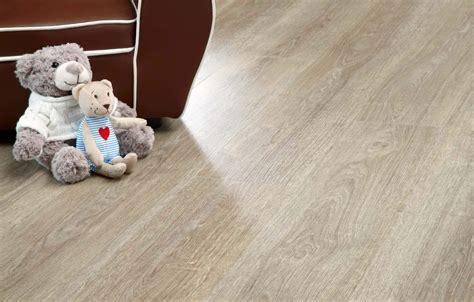 Verdon Oak 24280   Wood Effect Luxury Vinyl Flooring   Moduleo