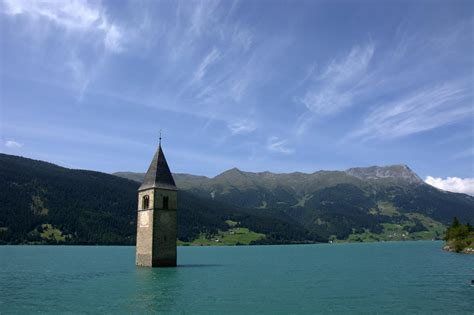 tourist guide  resia lake italy xcitefunnet