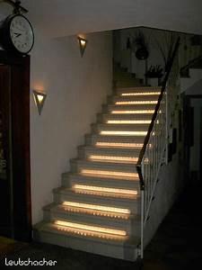Indirekte Beleuchtung Treppe : treppenbeleuchtung mit led lichtleisten leutschacher ~ Pilothousefishingboats.com Haus und Dekorationen