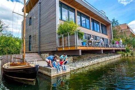 lakes  yoo holiday home  lechlade uk