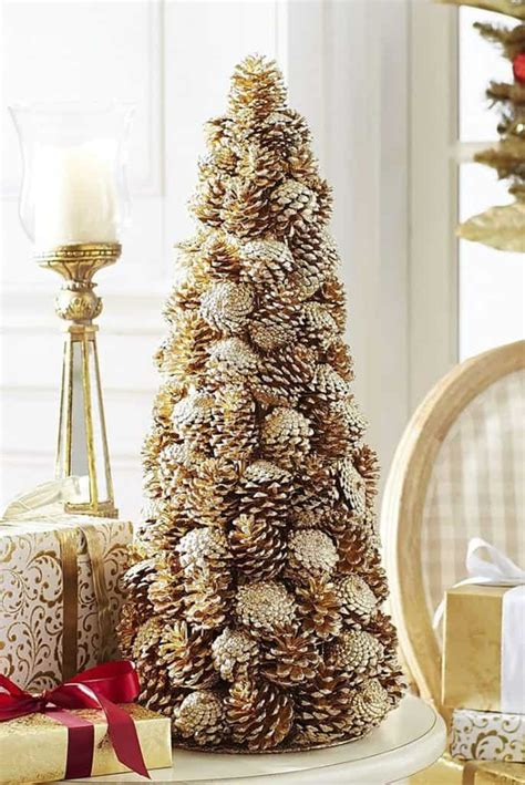holiday pine cone craft ideas