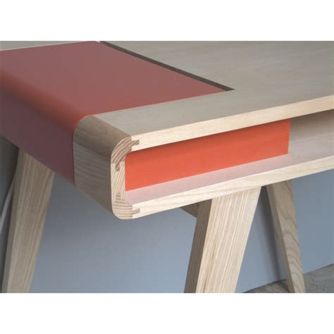 bureau contemporain bois bureau rétro contemporain en bois kolorea orange atelier